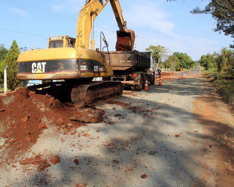 Obras de manutenção do DER melhoram rodovias no Norte Pioneiro. Foto: Jorge Woll/DER