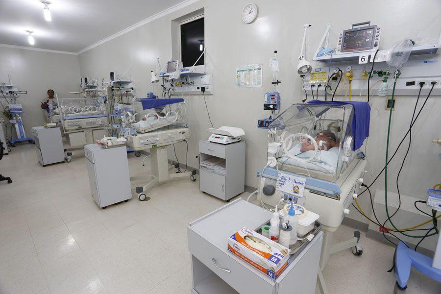 UTI neonatal do Hospital Regional do Norte do Paraná, em Santo Antonio da Platina. Santo Antonio da Platina, 13-03-14. Foto: Arnaldo Alves / ANPr.
